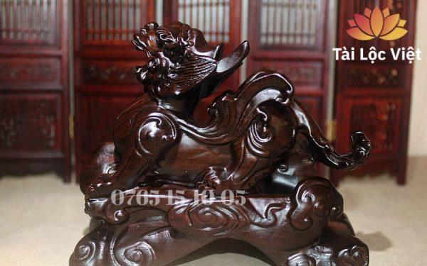 Tượng Tỳ Hưu Phong Thủy bằng Gỗ Mun cao cấp