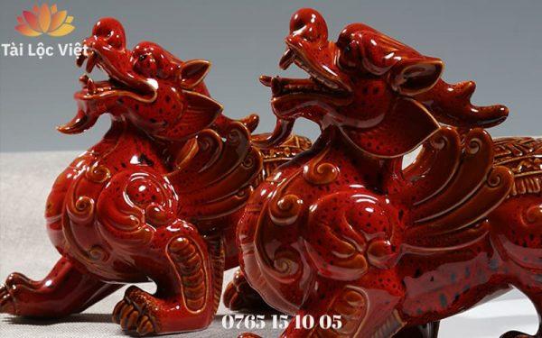 Tượng Tỳ Hưu Phong Thủy Bằng Gốm Sứ Màu Đỏ