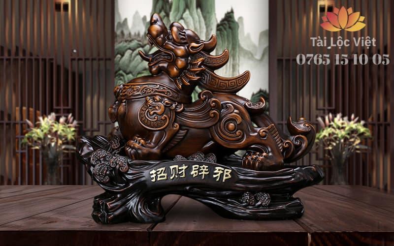 Tượng Tỳ Hưu Phong Thủy bằng Nhựa Poly Giả Gỗ