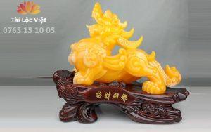 Tượng Tỳ Hưu Phong Thủy Bằng Nhựa Poly Vàng