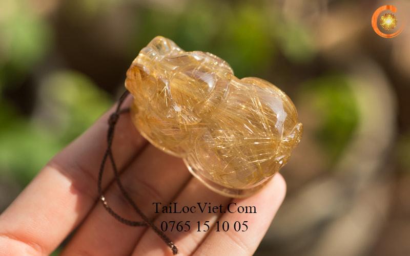 Mặt dây chuyền Tỳ Hưu tóc vàng ánh kim siêu vip